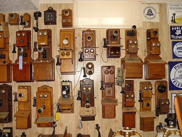 Antique Telephone Site